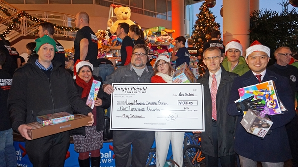 Knight Piésold Joins Thousands at Christmas Wish Breakfast